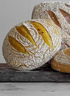 Hobbs House Bakery Turmeric Poppy Seed & Chilli Loaf Organic