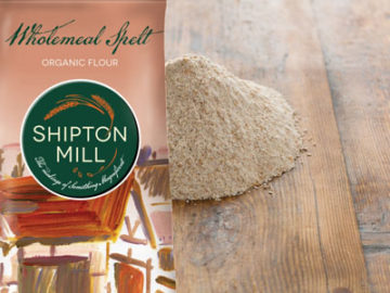 Shipton Mill Strong Wholemeal Spelt Flour Organic 1kg