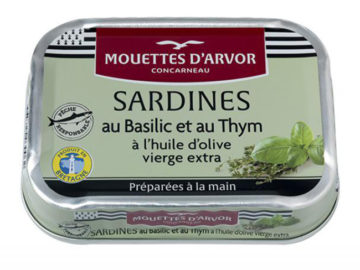 Mouettes D'Arvor  Sardines with Basil and Thyme in Virgin Olive Oil