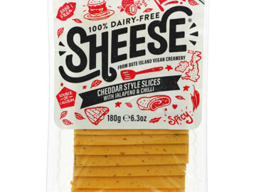 Bute Island Sheese Cheddar Slices With Jalapeno & Chilli