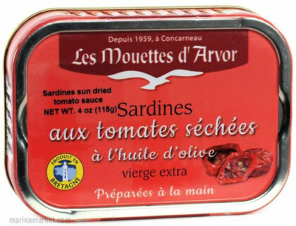Mouettes D'Arvor Sardines with Dried Tomatoes in Extra Virgin Olive Oil